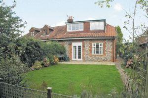 old-school-cottage-23775
