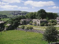 Greystones, Conistone, Grassington. Property Reference: KYG. Sleeps 6. 7 nights available from 4 July. More info: http://bit.ly/1mjoFeW.
