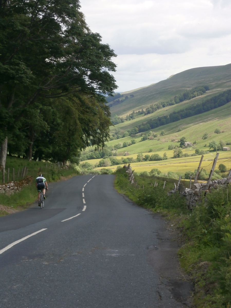 Cycling down Bishopdale