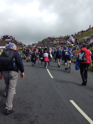 Crowds at Buttertubs