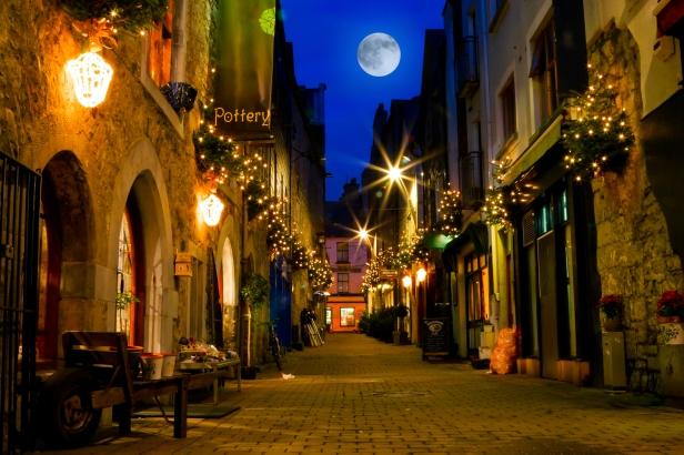 A festive Kirwan's Lane, Galway